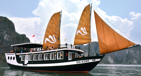 Hanoi - Halong Bay - Overnight on Paradise cruise 2 days 1 night