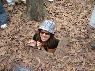 Ho Chi Minh City tour - Cu Chi Tunnels - Cao Dai temple