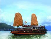 Hanoi - Halong Bay - Overnight on Classic sail 2 days 1 night