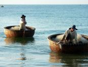 Vietnam beach breaks
